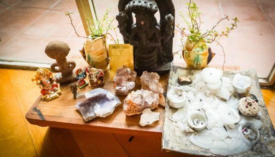 Rock Your Yoga - rockyouryoga.de - Einen Yoga Altar zusammenstellen - Yoga Blog