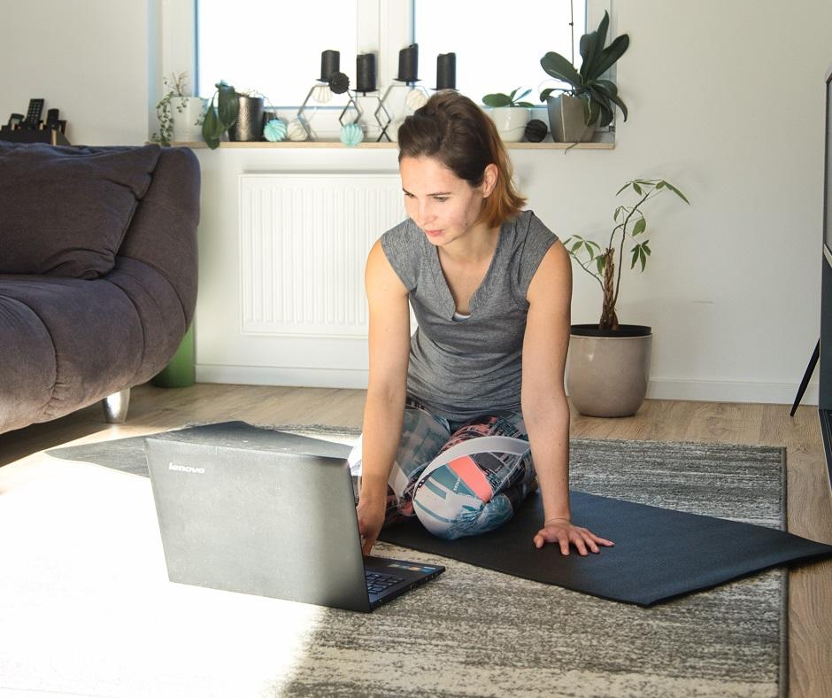 Rock Your Yoga - rockyouryoga.de - Online Yoga Live Kurse - Online Yoga für zuhause - rockyouryoga