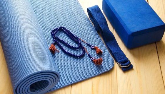 Rock Your Yoga - rockyouryoga.de - Hilfsmittel für deine Yoga Praxis zu Hause - Yoga Blog